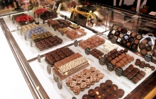 chocolate-drawer-display